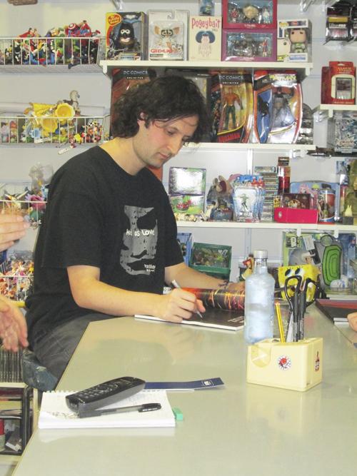 Presentación de La Luz en Komic Librería